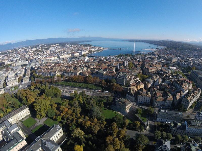 Geneva in the sun